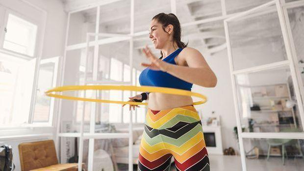 Gibt es simple sportliche Übungen, die du einfach in deinem Zuhause machen ka...
