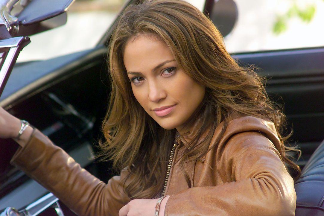 Die lesbische Killerin Ricki (Jennifer Lopez) verdreht ihrem Kollegen Larry Gigli mit ihrer sexy Ausstrahlung gehörig den Kopf ... - Bildquelle: 2004 Sony Pictures Television International. All Rights Reserved.