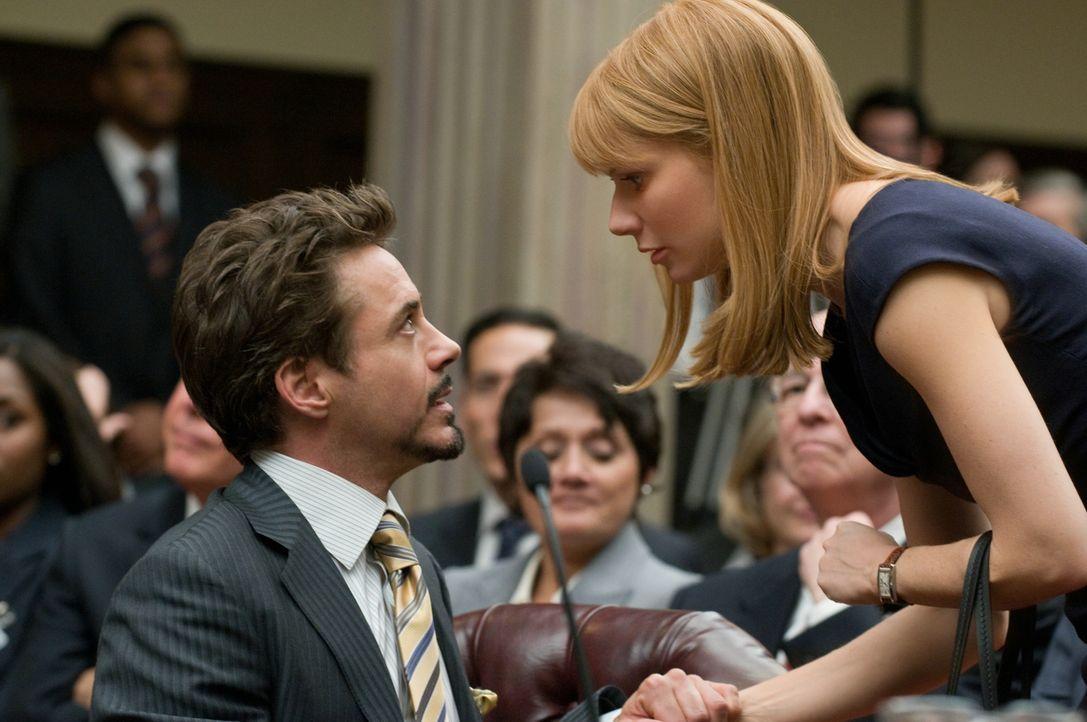 Tony Stark (Robert Downey Jr., l.); Pepper Potts (Gwyneth Paltrow, r.) - Bildquelle: 2010 Concorde Filmverleih GmbH