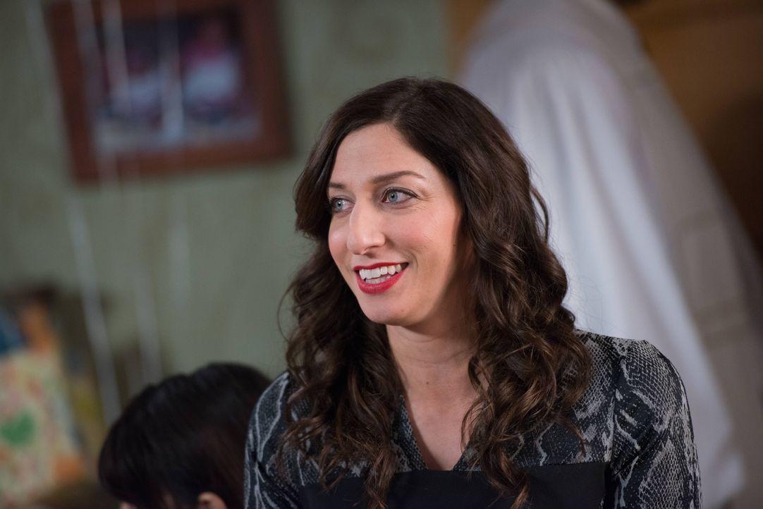 Gina Linetti (Chelsea Peretti) - Bildquelle: Eddy Chen 2013 NBC Studios LLC. All Rights Reserved. / Eddy Chen