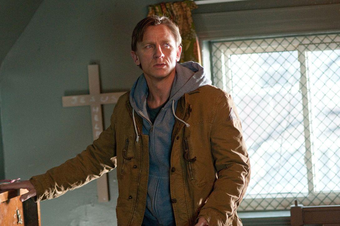Der Umzug in ein hübsches Haus auf dem Land soll der Neuanfang für Will (Daniel Craig) und seine Familie werden, doch es kommt ganz anders ... - Bildquelle: 2011 Universal Studios
