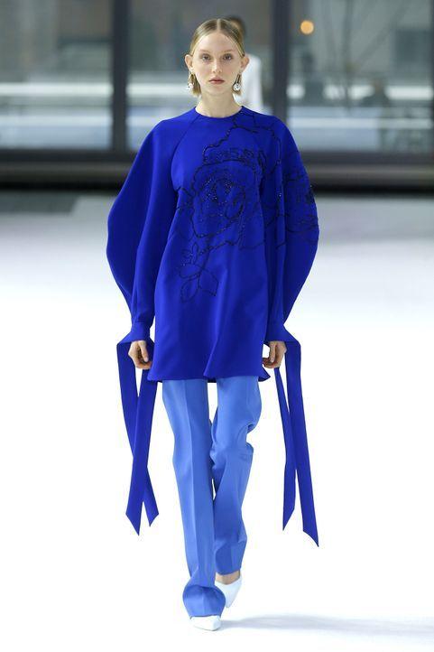 Monochrome Looks bei Carolina Herrera - Bildquelle: picture alliance/ZUMA Press