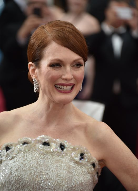 Julianne Moore Red Carpet - Bildquelle: getty AFP
