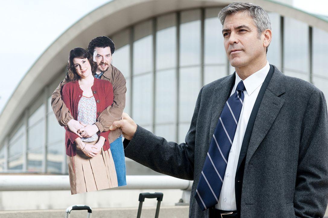 Seit vielen Jahren reist Ryan Bingham (George Clooney) 322 Tage im Auftrag seiner Firma durch die USA. Den Kontakt zu seiner Familie hat er schon la... - Bildquelle: TM and   2009 by DW Studios LLC. All rights reserved.