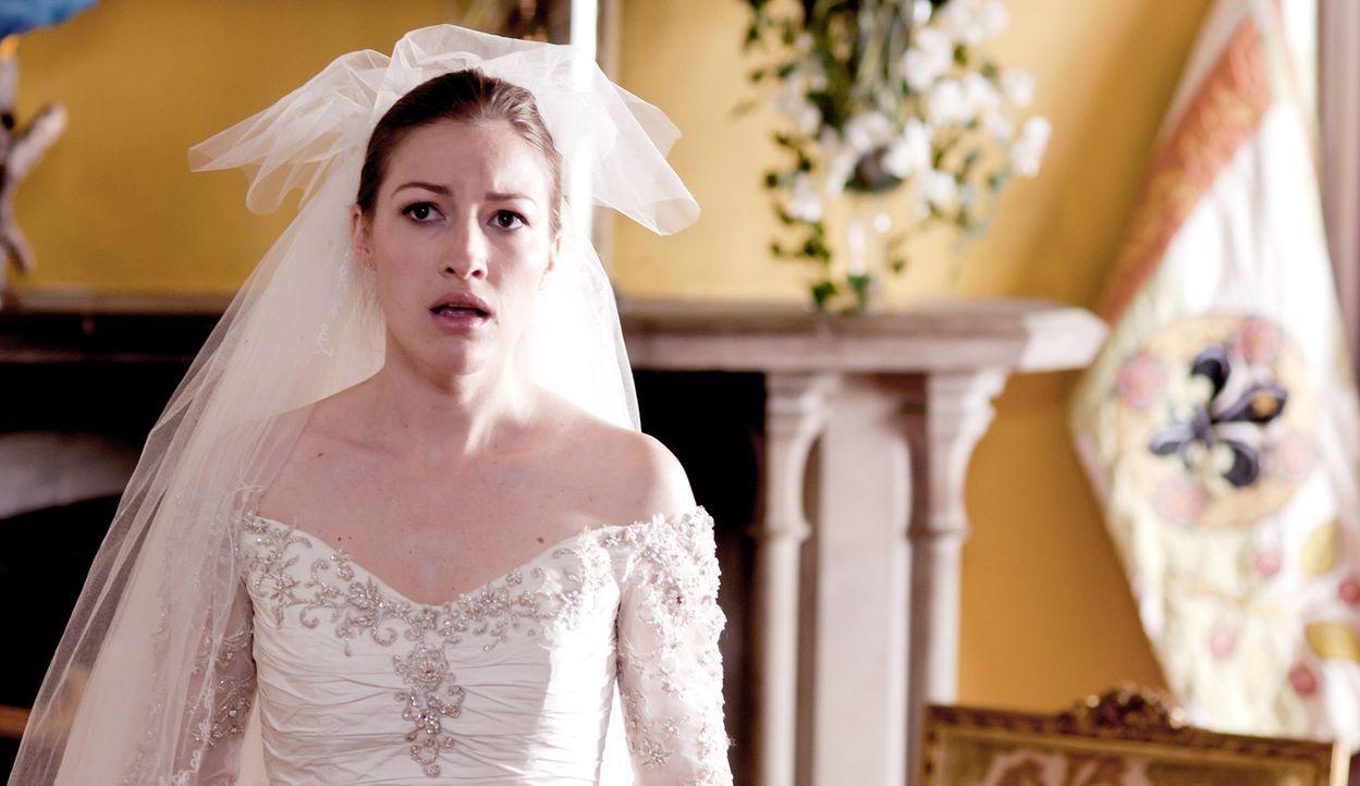 Nachdem ihre eigenen Hochzeitsträume geplatzt sind, soll Katie (Kelly MacDonald) als Lockvogel dienen, um von einem prominenten, heiratswilligen Paa... - Bildquelle: Tiberius Film GmbH