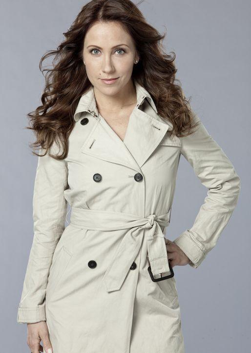 (1. Staffel) - Ange Finch (Miranda Frigon) ist Evans älteste Freundin und Geschäftspartnerin. Sie sorgt dafür, dass seinen abenteuerlichen Dinosa... - Bildquelle: Kharen Hill