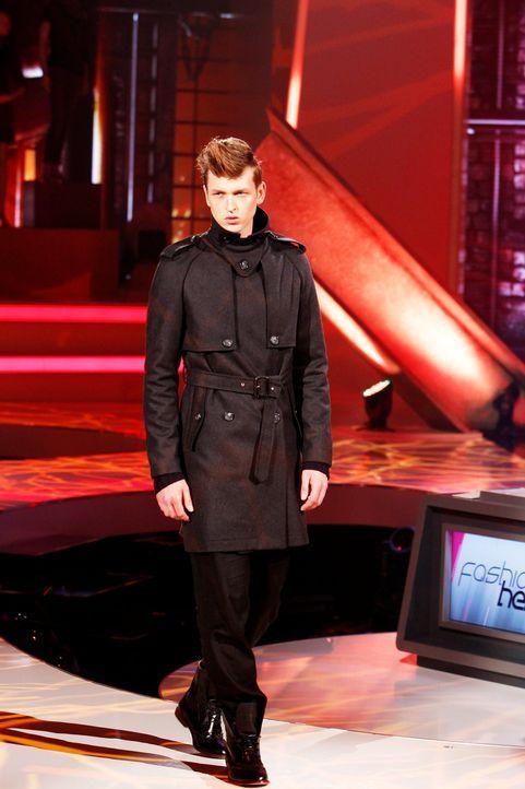 Fashion-Hero-Epi03-Gewinneroutfits-Tim-Labenda-Karstadt-05-Richard-Huebner-TEASER - Bildquelle: Richard Huebner