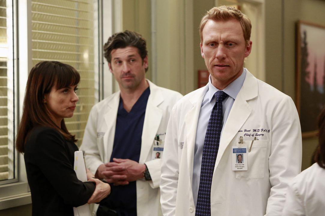 Dr. Alana Cahill (Constance Zimmer, l.) ist Beraterin des Seattle Grace Hospitals und weiß genau um die finanzielle Lage des Krankenhaus Bescheid.... - Bildquelle: ABC Studios