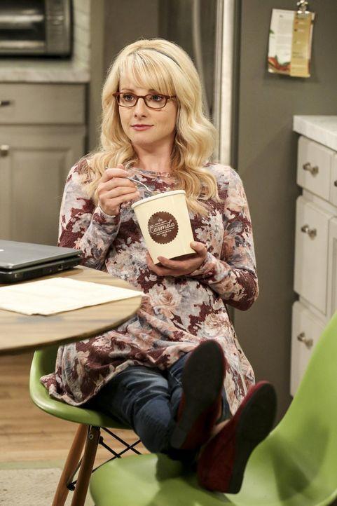 Macht sich die Verzweiflung von Raj und Sheldon zunutze: die hochschwangere Bernadette (Melissa Rauch) ... - Bildquelle: Warner Bros. Television