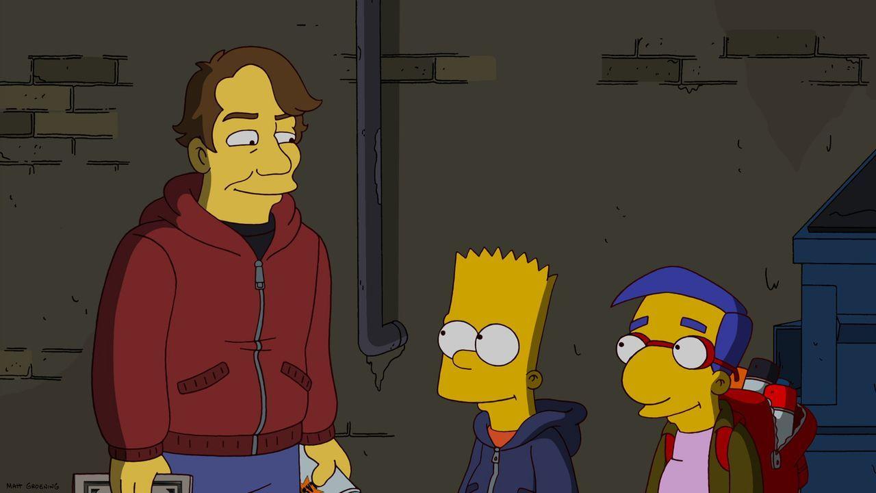 Um sich an seinem Vater zu rächen, greift Bart (M.) zur Spraydose und hinterlässt in Springfield heimlich Homers Bild. Doch eines Nachts wird er g... - Bildquelle: und TM Twentieth Century Fox Film Corporation - Alle Rechte vorbehalten