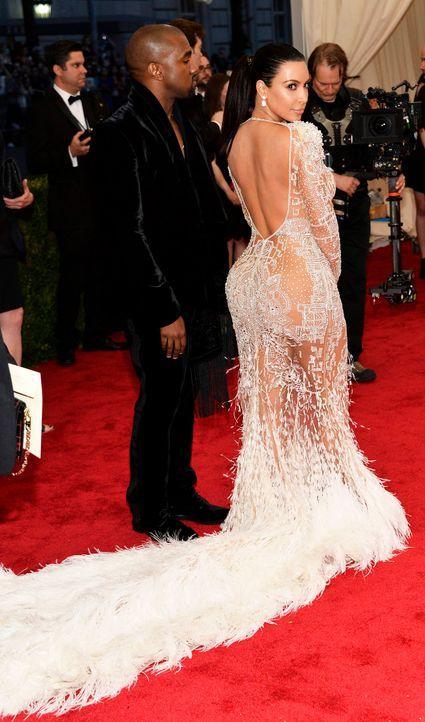 Met-Ball-Kanye-West-Kim-Kardashian-15-05-04-dpa - Bildquelle: dpa