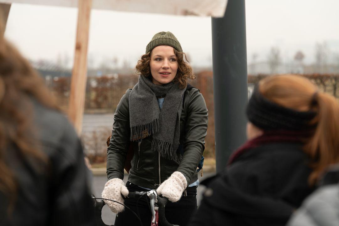Victoria (Antonia Bill) - Bildquelle: Stephanie Kulbach JOYN/ProSieben / Stephanie Kulbach
