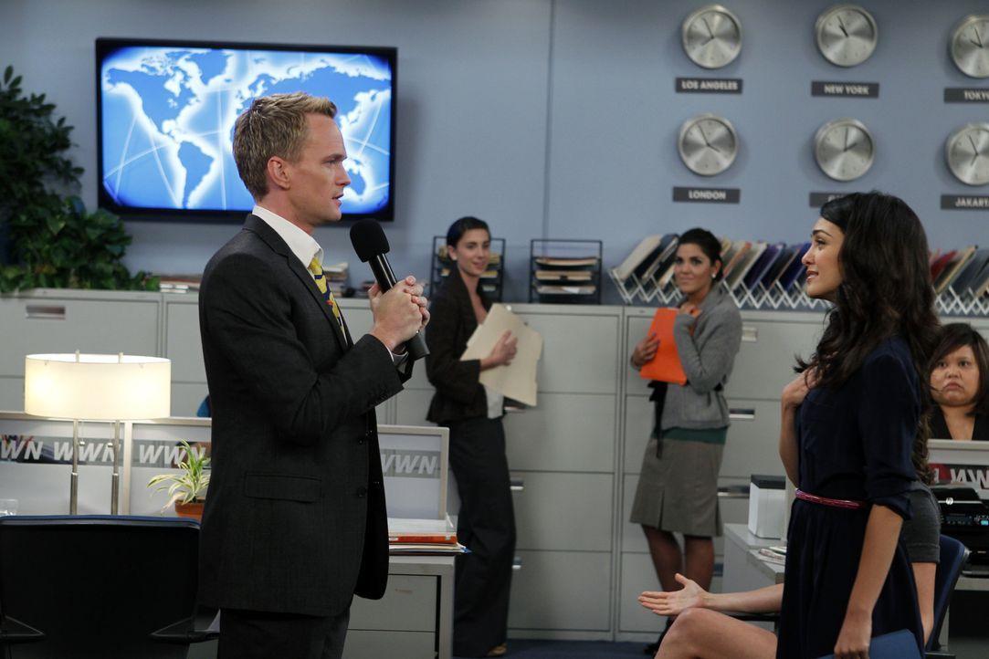 Sind im siebten Himmel: Barney (Neil Patrick Harris, l.) und Nora (Nazanin Boniadi, r.) ... - Bildquelle: 20th Century Fox International Television