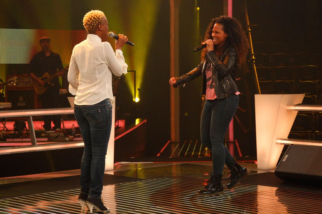battle-nathalie-vs-asiata-11-the-voice-of-germany-huebnerjpg 1700 x 1133 - Bildquelle: SAT1/ProSieben/Richard Hübner