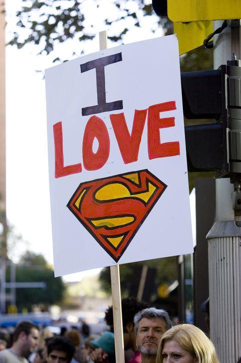 Superman hat eine große Fangemeinde ... - Bildquelle: Warner Brothers International Television Distribution Inc.