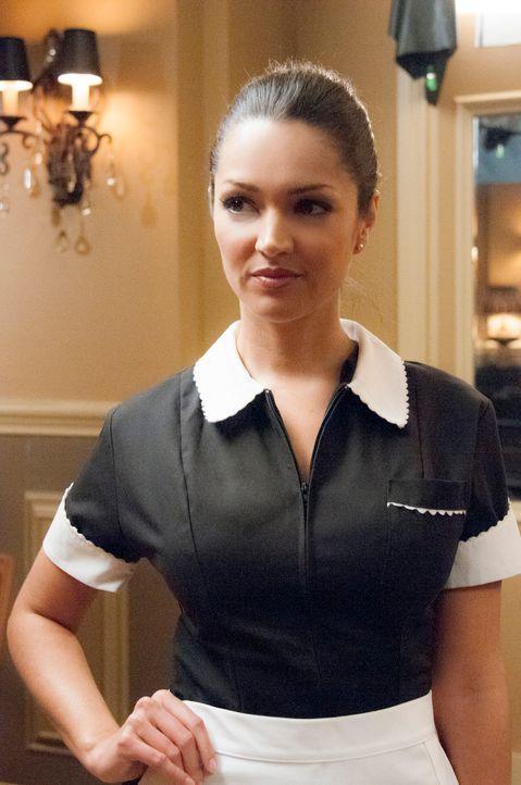 Rückblende: Flora (Paula Garcés) weiß, was sie will - doch musste sie deshalb ihr Leben lassen? - Bildquelle: ABC Studios