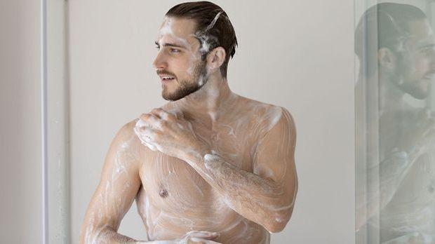 Ob Duschgel oder Shampoo – bei der Körperpflege setzen wir auf waterless Prod...