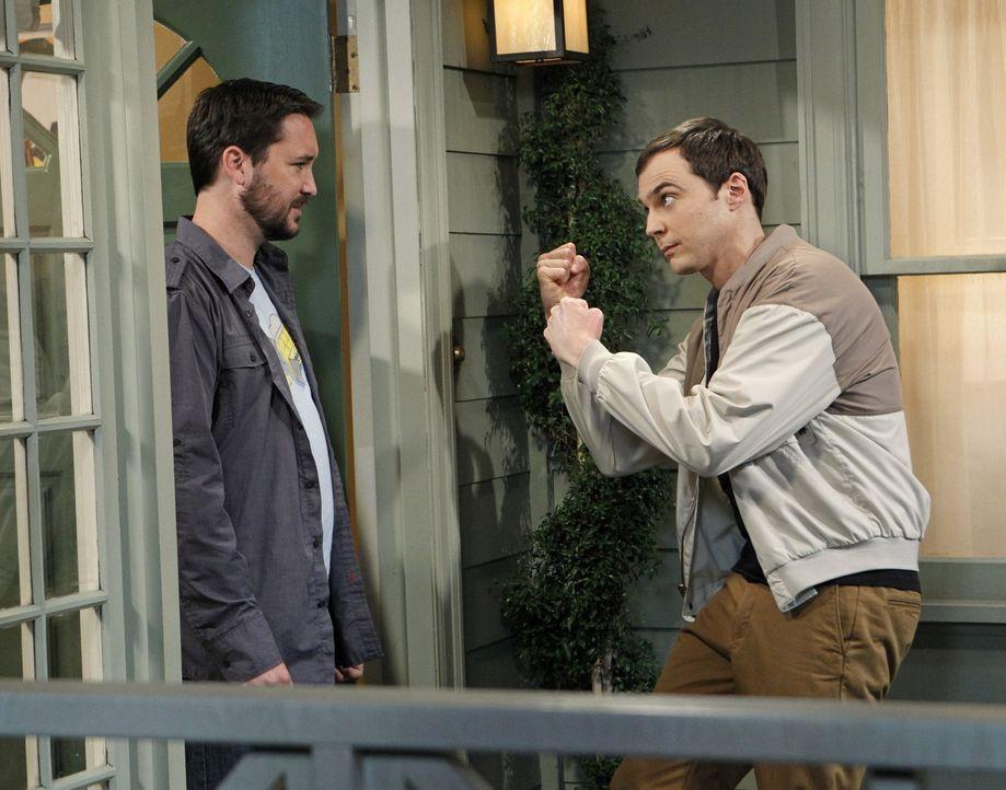 """Will Wheaton (Will Wheaton, l.) unterstützt Sheldon (Jim Parsons, r.) bei einer neuen Episode von """"Spaß mit Flaggen"""". Dabei kommt es jedoch zu einem... - Bildquelle: Warner Bros. Television"""
