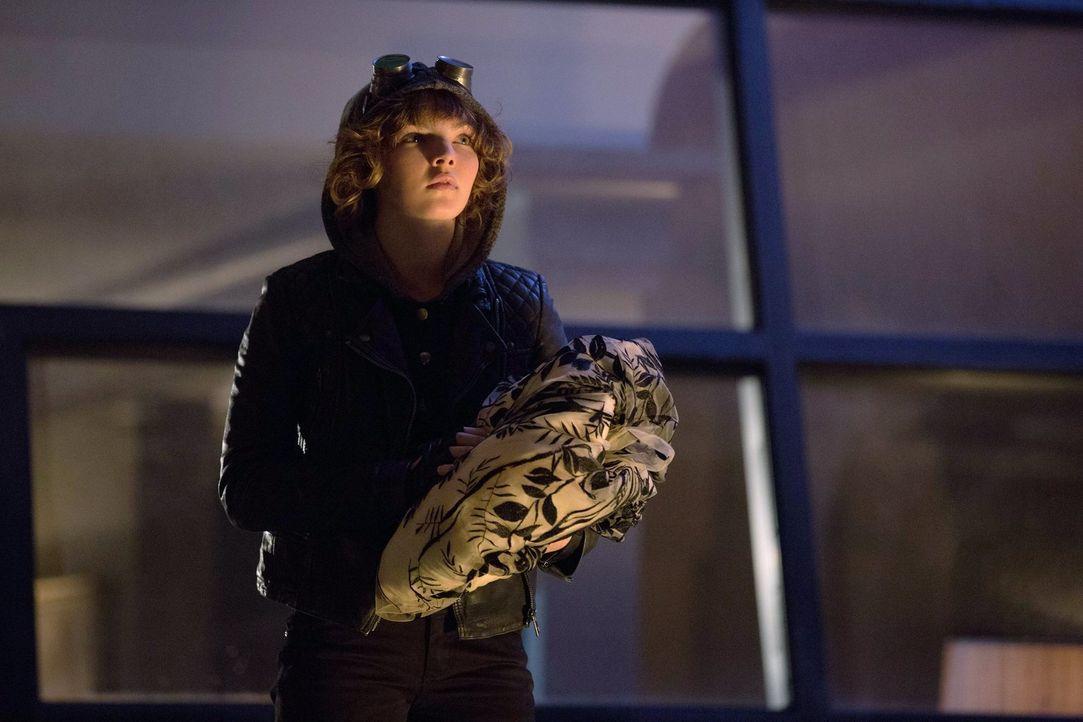 Steht Bruce zur Seite, um einen korrupten Mitarbeiter von Wayne Enterprises zu entlarven: Selina (Camren Bicondova) ... - Bildquelle: Warner Bros. Entertainment, Inc.