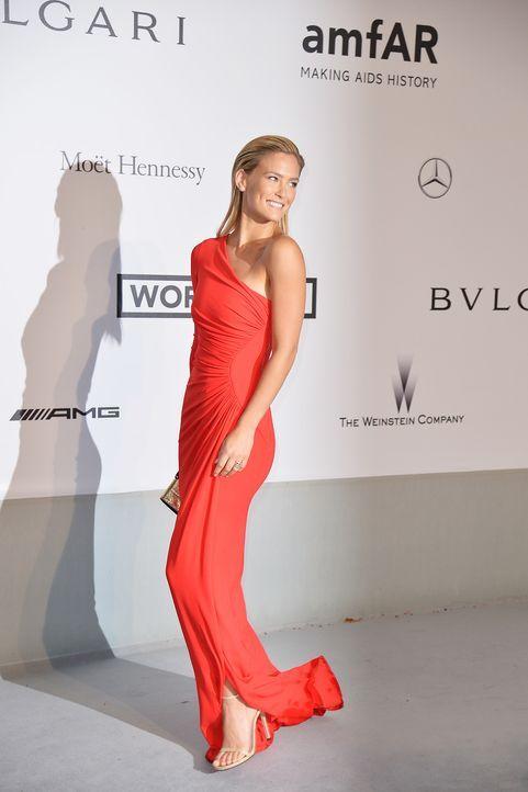 Cannes-Filmfestival-amfAR-Bar-Rafaeli-140522-AFP - Bildquelle: AFP