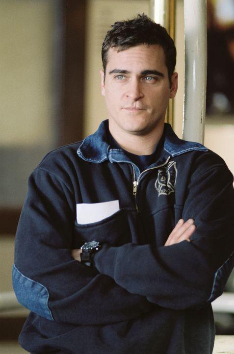 Der junge Feuerwehrmann Jack Morrison (Joaquin Phoenix) hat seine Probezeit erfolgreich absolviert und ist nun im Team seiner Feuerwehr in Baltimore... - Bildquelle: Buena Vista International.  All Rights Reserved