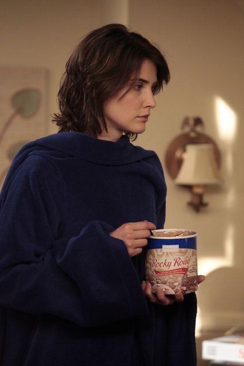 Barney setzt seine Suche nach Quinn fort, während Robin (Cobie Smulders) einen Eindruck vom öden Vorortleben bei Lily und Marshall erhält ... - Bildquelle: 20th Century Fox International Television