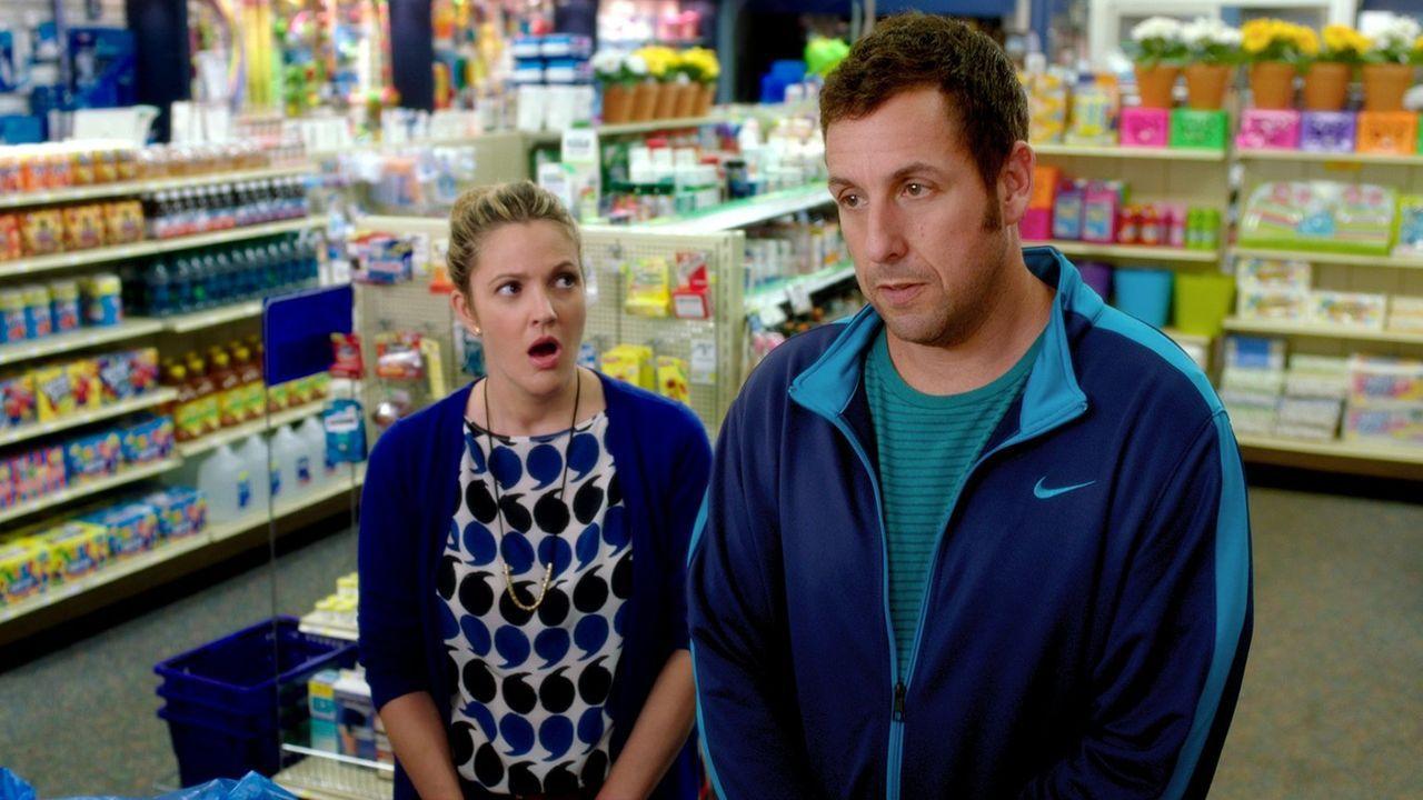 Lauren (Drew Barrymore, l.) und Jim (Adam Sandler, r.) treffen sich zu einem Blind Date. Leider verläuft dies katastrophal und sie entschließen sich... - Bildquelle: Warner Brothers