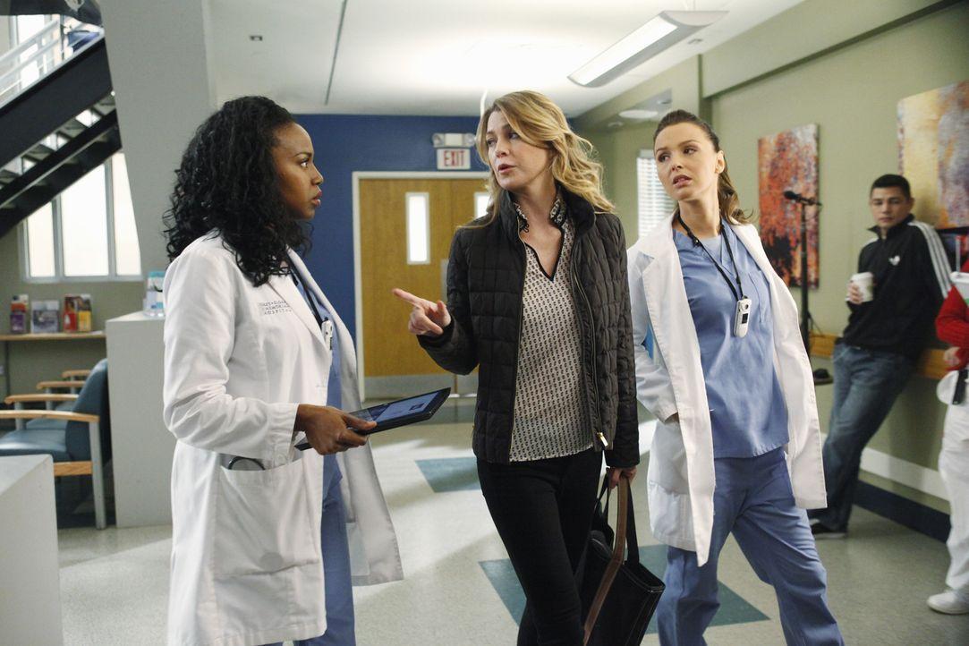 Während Meredith (Ellen Pompeo, M.) die Thanksgiving-Festivitäten bei sich zu Hause plant, haben Stephanie (Jerrika Hinton, l.) und Jo (Camilla Lu... - Bildquelle: ABC Studios