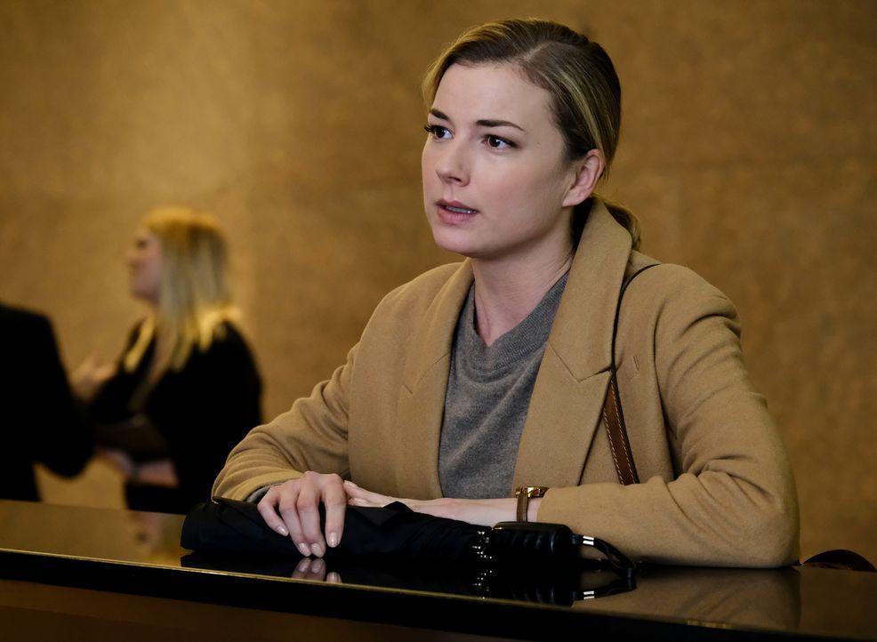 Bringt sich Nic (Emily VanCamp) durch ihre Nachforschungen in Gefahr? - Bildquelle: 2018 Fox and its related entities.  All rights reserved.