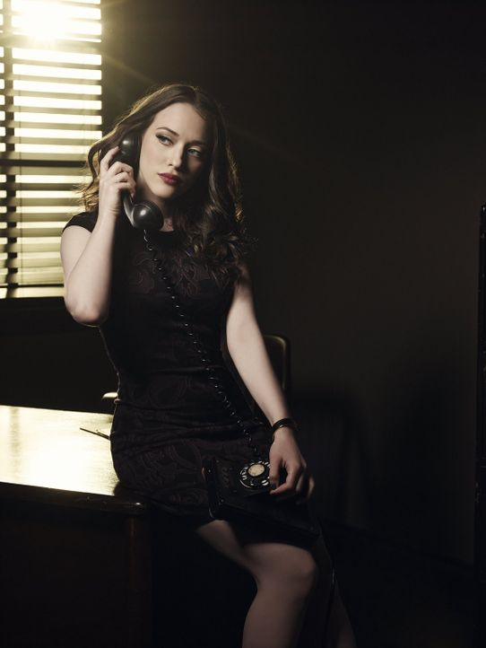 (3. Staffel) - 2 Broke Girls: Max Black (Kat Dennings) ... - Bildquelle: Warner Bros. Television