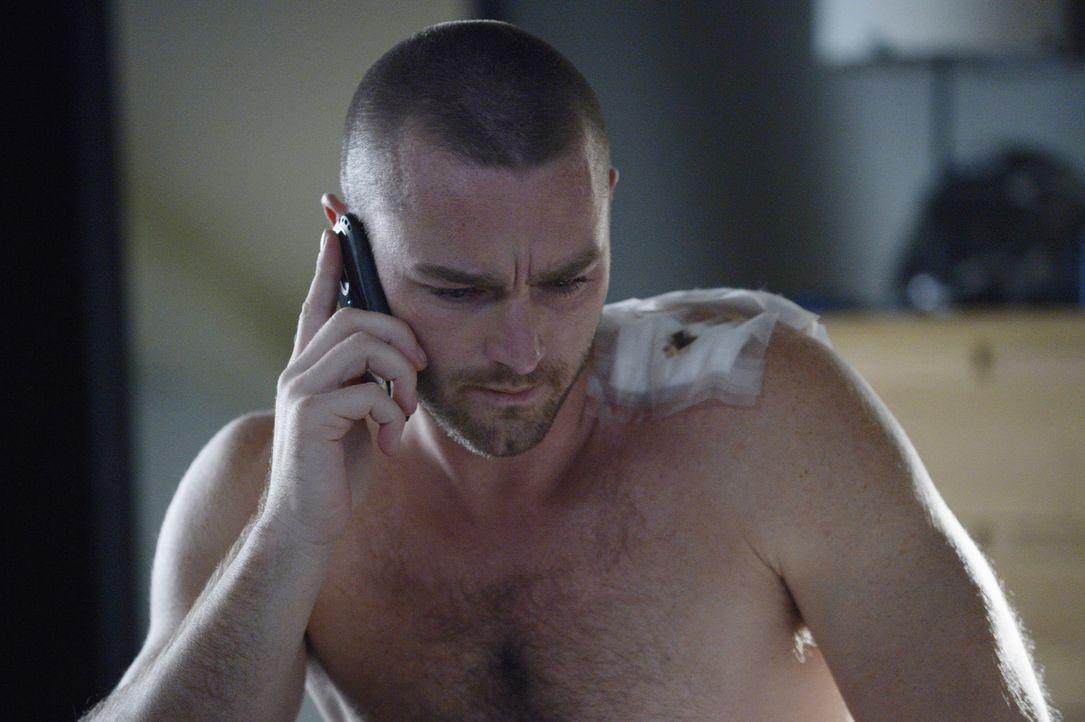 Ryan (Jake McLaughlin) steht Alex weiter zur Seite, damit diese ihre Unschuld beweisen kann. Doch Natalie ist misstrauisch ... - Bildquelle: Philippe Bosse 2015 ABC Studios