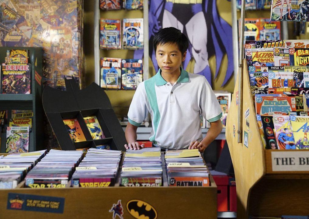 Die Freundschaft zu Tam (Ryan Phuong) eröffnet Sheldon den Blick auf eine ganz neue Welt ... - Bildquelle: Warner Bros.