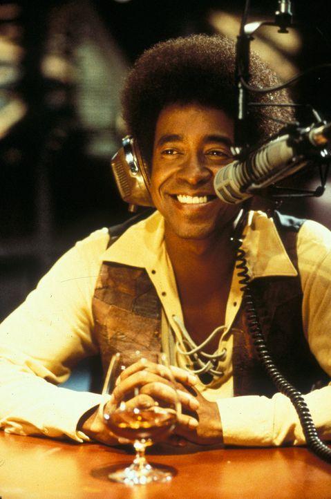 Hält sich für den größten Lover: Radiomoderator Leon Phelps (Tim Meadows) ... - Bildquelle: Marni Grossman 2000 by Paramount Pictures Corp.