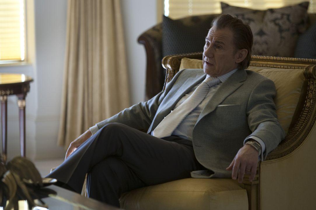 Nino (Harvey Keitel) ist Anführer einer der mächtigsten Verbrecherorganisationen in der Gegend. Als einer seiner Dealer erschossen wird, lässt seine... - Bildquelle: Paramount. All Rights Reserved.