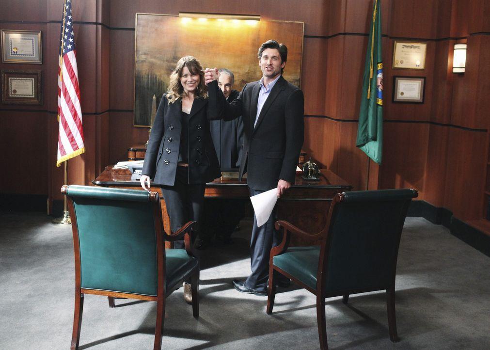 Parallel zu Callie und Arizona heiratet spontan noch ein anderes Paar: Meredith (Ellen Pompeo, l.) und Derek (Patrick Dempsey, r.) wollen die kleine... - Bildquelle: ABC Studios