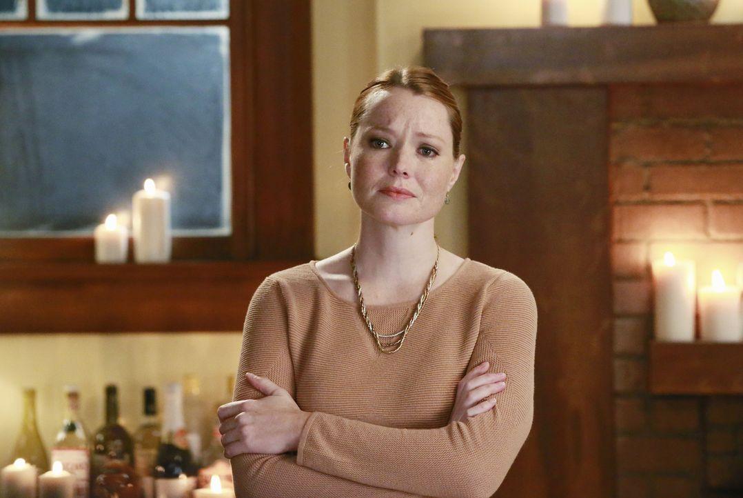 Durch ihr Erscheinen verläuft die Dinnerparty von Meredith, Amelia und Maggie völlig anders als erwartet: Penny (Samantha Sloyan) ... - Bildquelle: Mitchell Haaseth ABC Studios