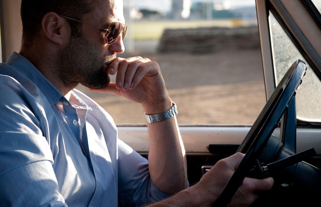 Der ehemalige Auftragskiller Danny Bryce (Jason Statham) erhält unerwartet Post von einem im Exil lebenden Scheich, der seinen alten Mentor Hunter g... - Bildquelle: 2011 Concorde Filmverleih GmbH
