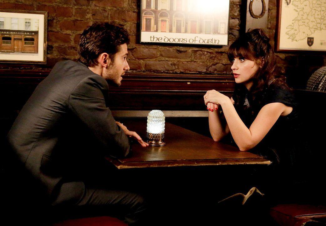 Denken an Valentinstag über ihre gemeinsame Zukunft nach: Ryan (Julian Morris, l.) und Jess (Zooey Deschanel, r.) ... - Bildquelle: 2015 Twentieth Century Fox Film Corporation. All rights reserved.