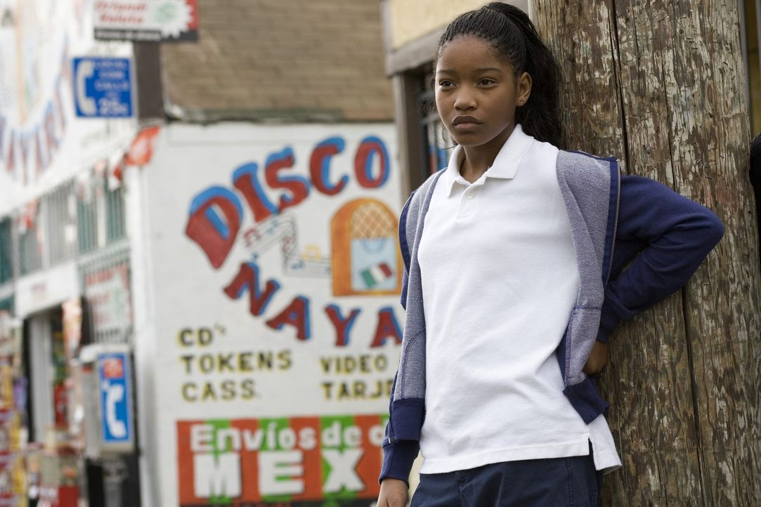 Auf die 11-jährige Akeelah (Keke Palmer) wartet keine besonders rosige Zukunft. Da entwickelt sie eine Leidenschaft für Buchstaben aller Art ... - Bildquelle: Copyright   2006 Lions Gate Films Inc. and 2929 Productions LLC. All Rights Reserved.