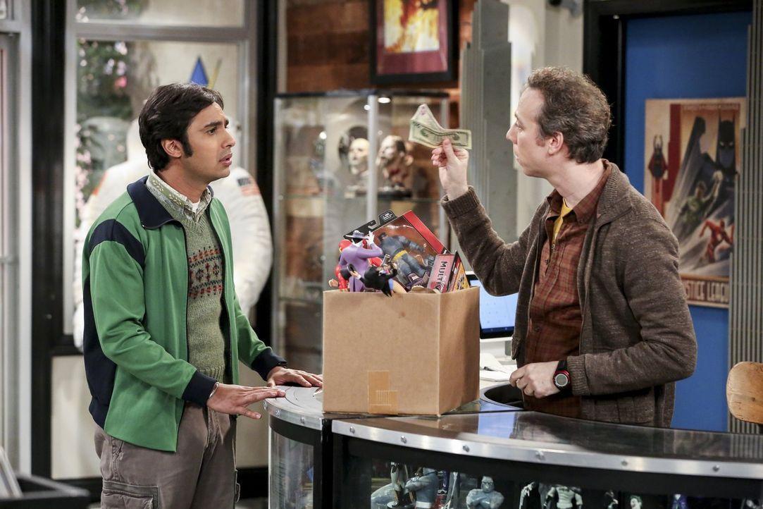 Um Raj (Kunal Nayyar, l.) zu helfen, bietet Stuart (Kevin Sussman, r.) ihm einen besonderen Job an. Aber würde Raj wirklich alles tun, um auf die Co... - Bildquelle: 2016 Warner Brothers