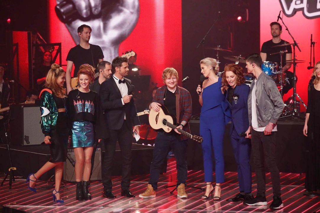 Opening: Die Finalisten und Ed Sheeran_3 - Bildquelle: SAT.1/ProSieben/Richard Hübner