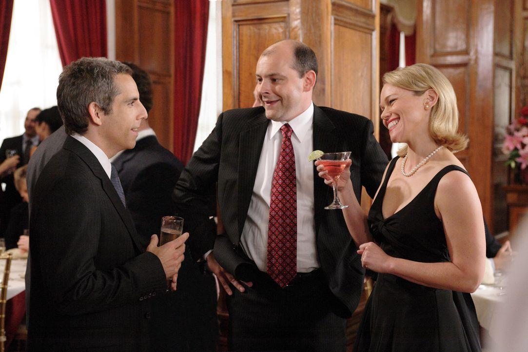 Single Eddie (Ben Stiller, l.) war bisher in seinem Freundeskreis (Rob Coddry, M.) der Außenseiter. Überhaupt scheinen sich um ihn herum nur Pärchen... - Bildquelle: DREAMWORKS LLC. ALL RIGHTS RESERVED.