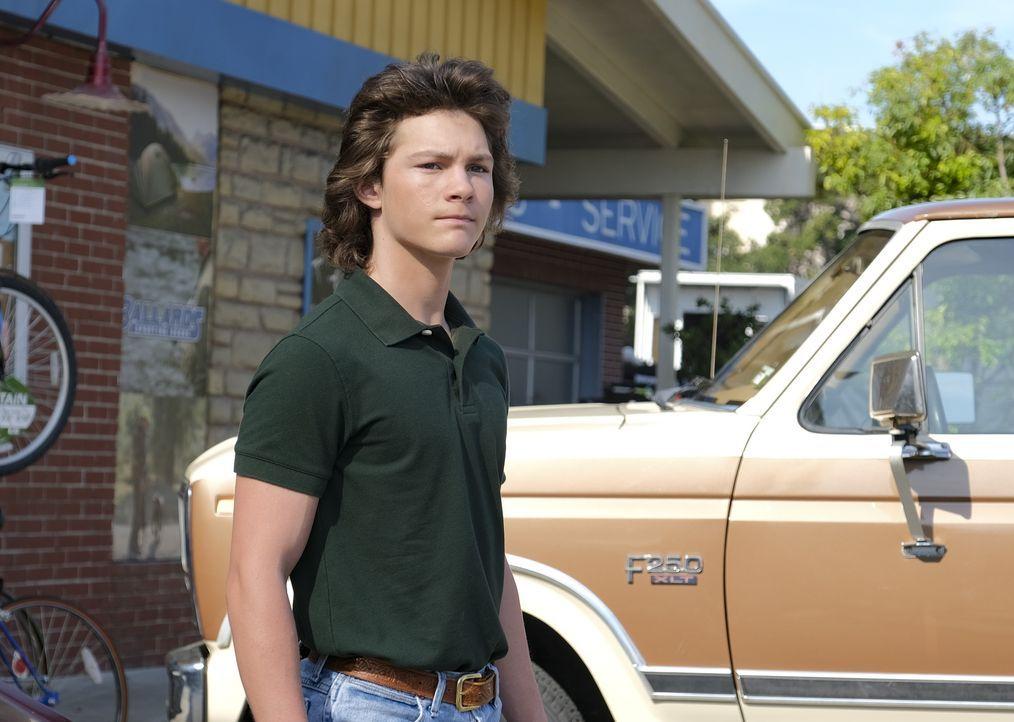 Geogie Cooper (Montana Jordan) - Bildquelle: 2020 Warner Bros. Entertainment Inc. All Rights Reserved.