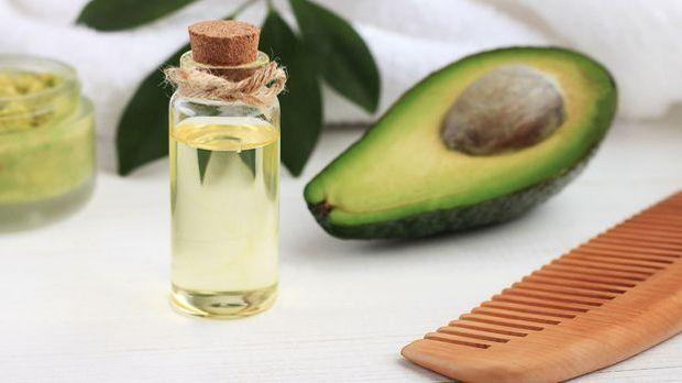 Haar-Routine mit natürlichen Ölen
