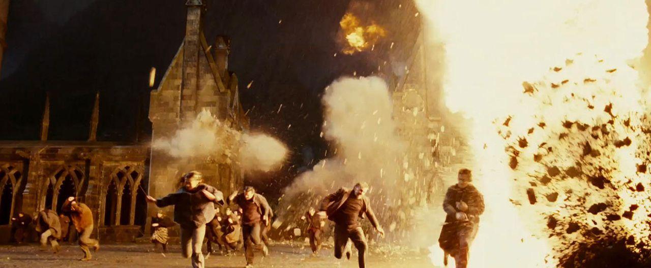 harry-potter-u-d-heiligtuemer-d-todes1-3d-16-warner-bros-entjpg 1384 x 571 - Bildquelle: 2010 Warner Bros. Ent.  Harry Potter Publishing Rights J.K.R.