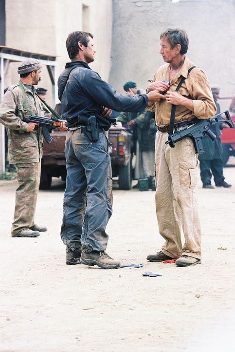 Vor den Ereignissen des 11. September 2001 hatten FBI, CIA, Militär und Behörden eine Fülle von Anhaltspunkten, Warnungen, Hinweisen und Ahnungen... - Bildquelle: TM &   2006 CBS Studios Inc. All Rights Reserved.