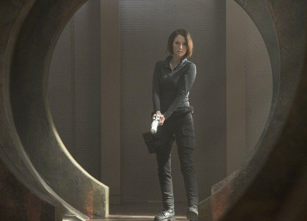 Ist Alex (Chyler Leigh) bereit einen bedeutenden Schritt zu gehen, als ihre Schwester Kara von einem parasitären Alien in ein Koma und eine falsche... - Bildquelle: 2015 Warner Bros. Entertainment, Inc.