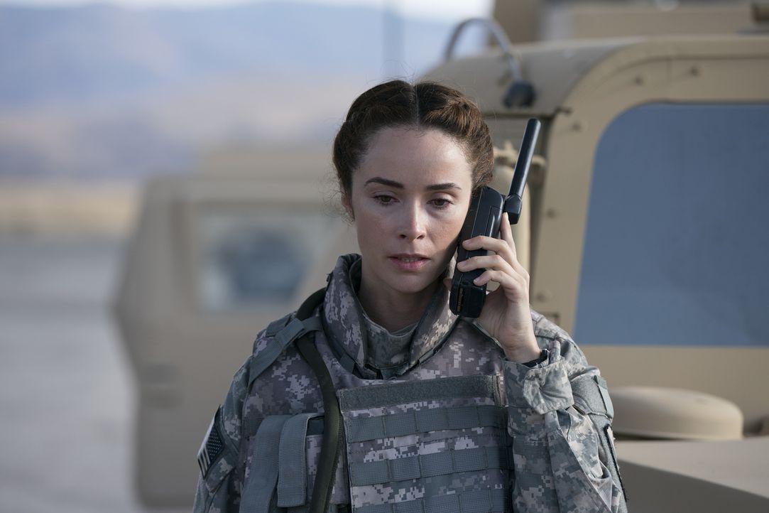 Während Nathan ihr neues Zuhause in L.A. vorbereitet, muss Megan (Abigail Spencer) mit den immerwährenden Erinnerungen an ihren Einsatz im Irak zure... - Bildquelle: Mitch Haaseth 2017 American Broadcasting Companies, Inc. All rights reserved.
