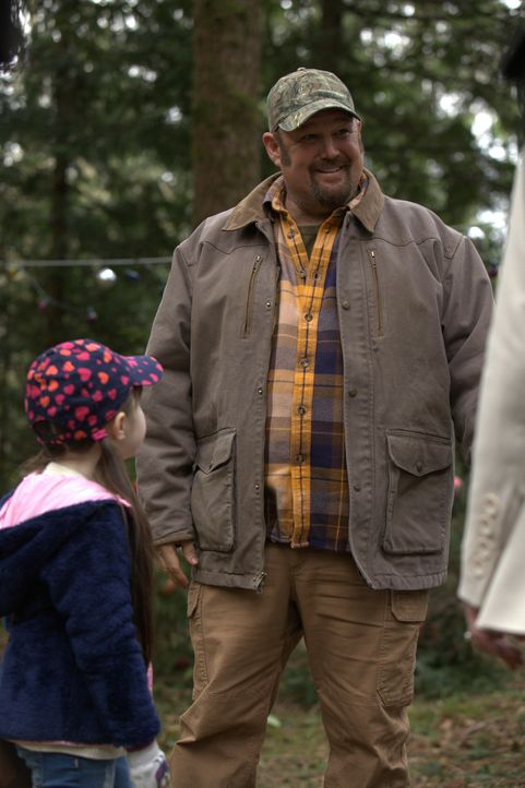 Der geschiedene Larry (Larry the Cable Guy) will sich als guter Vater erweisen und seiner kleinen Tochter Noel ihren sehnlichsten Weihnachtswunsch i... - Bildquelle: 2014 Twentieth Century Fox Film Corporation. All rights reserved.
