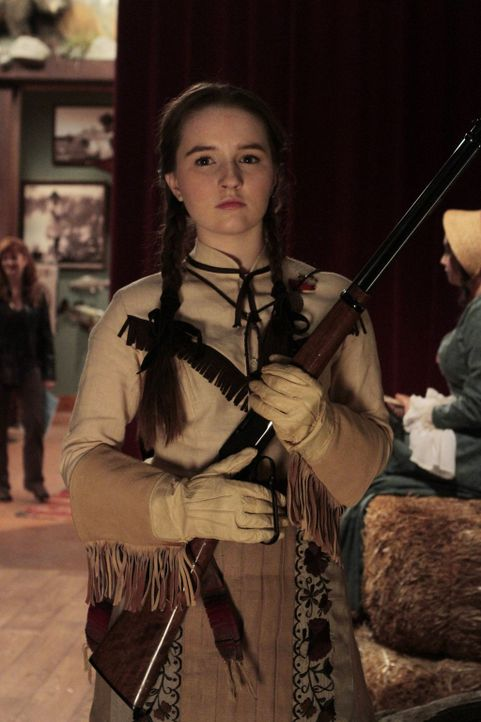 Weil auch die Kinder der Mitarbeiter bei der Show mitmachen dürfen, übernimmt Even (Kaitlyn Dever) die Rolle der Annie Oakley ... - Bildquelle: 2011 Twentieth Century Fox Film Corporation